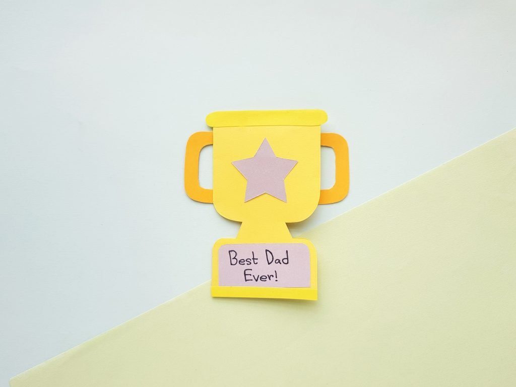 Finished yellow and gold trophy card for fathers day