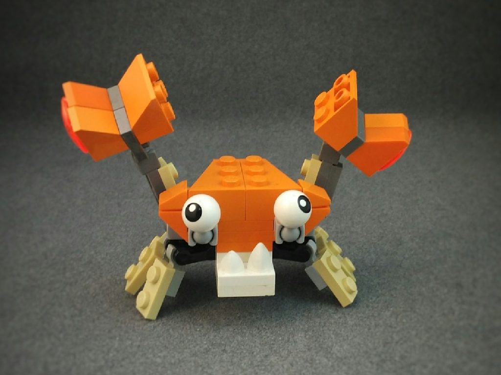 Crab built from plastic bricks - summer building challenge