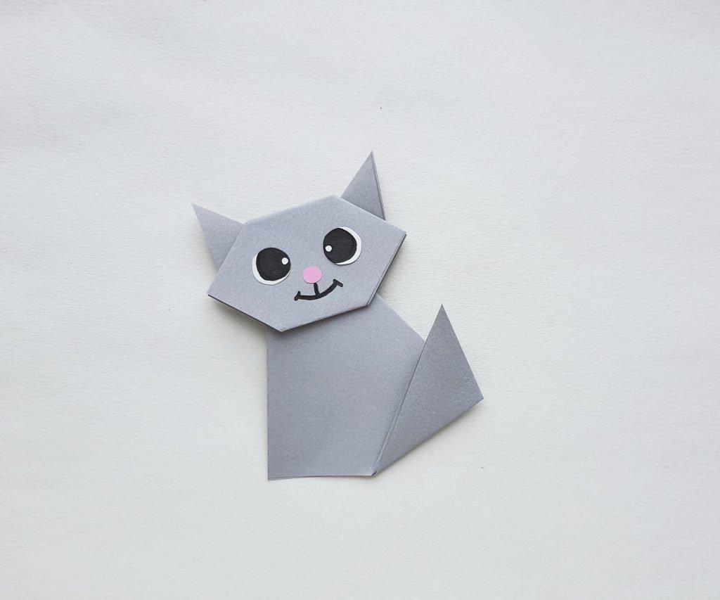 gray origami paper cat - tutorial how to make cat origami